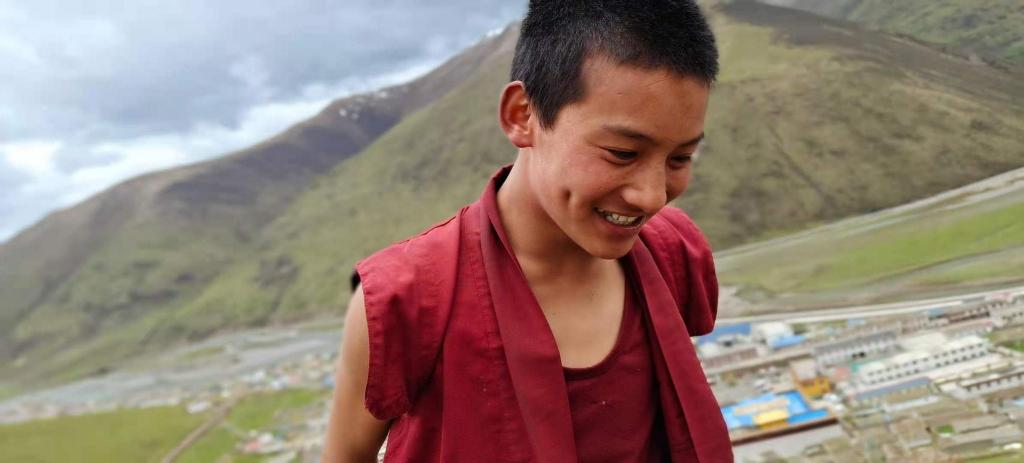 Chine : un jeune moine tibétain décède après avoir été torturé en prison